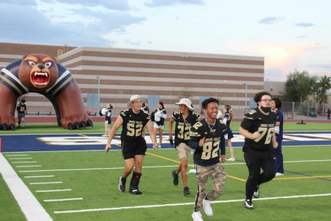 #realSV game: Varsity Football Grizzlies to face off against Sierra Vista